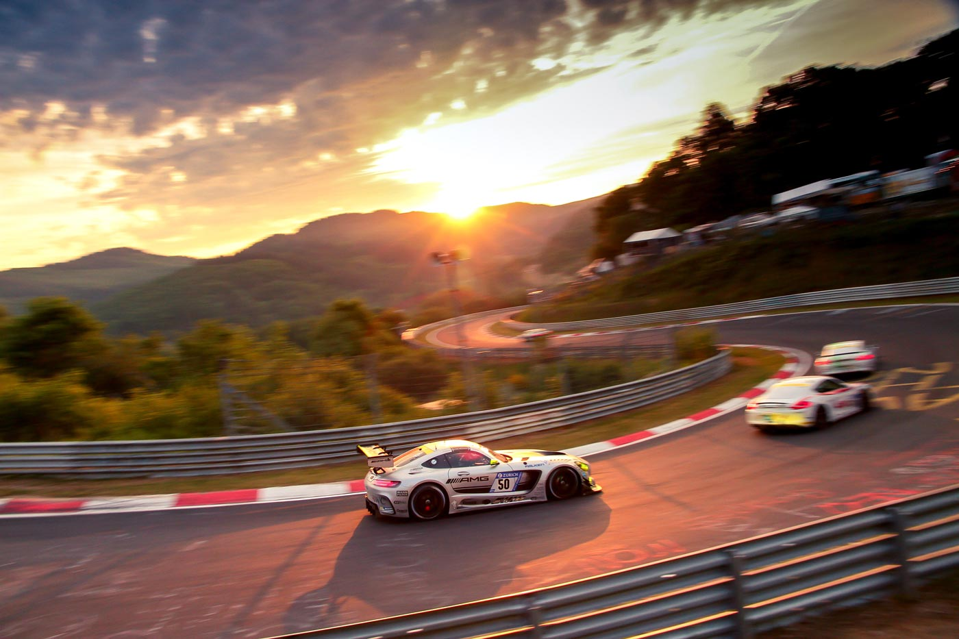 maximilian-buhk-24h-Rennen-2017_Mercedes-AMG-01